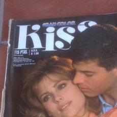 Coleccionismo de Revistas y Periódicos: FOTONOVELA KISS GRAN COLOR TUYA POR UNA NOCHE. Lote 39130496