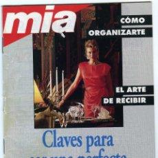 Coleccionismo de Revistas y Periódicos: PEQUEÑO LIBRITO ANTIGUO DE LA REVISTA MIA,CLAVES PARA SER UNA PERFECTA ANFITRIONA. Lote 50113369