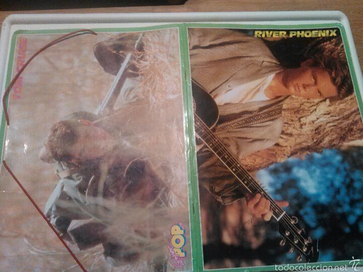 SUPER POP CARPETA TOM CRUISE Y RIVER PHOENIX AÑOS 80 (Coleccionismo - Revistas y Periódicos Modernos (a partir de 1.940) - Otros)