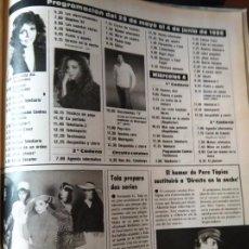 Coleccionismo de Revistas y Periódicos: RECORTE MARIANA VERONICA CASTRO PERE TAPIAS JOAN COLLINS GLITTER CRISTOPHER MAYER. Lote 58154085