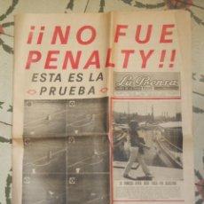 Coleccionismo de Revistas y Periódicos: LA PRENSA - DIARIO DE LA TARDE - LUNES 8 JUNIO 1970 - PENALTI GURUCETA BARÇA-MADRID. Lote 68646605