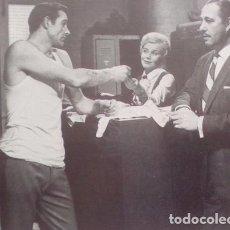 Coleccionismo de Revistas y Periódicos: RECORTE SEAN CONNERY . Lote 72891019