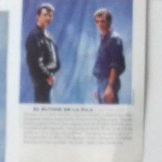 Coleccionismo de Revistas y Periódicos: EL ÚLTIMO DE LA FILA EN RECORTE (RP45) 1 FOTO LA REVISTA DE EL MUNDO DE 31 DICIEMBRE 1995. Lote 86987800