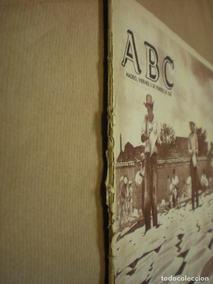 Coleccionismo de Revistas y Periódicos: ABC 03 febrero 1956 - Foto 2 - 100037127