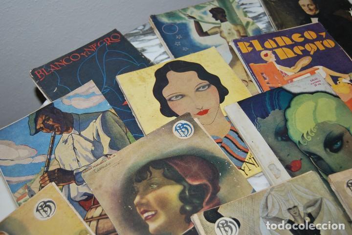 Coleccionismo de Revistas y Periódicos: REVISTA BLANCO Y NEGRO - 24 NÚMEROS - AÑOS 1933, 1934, 1935 Y 1936 - Foto 2 - 108990879