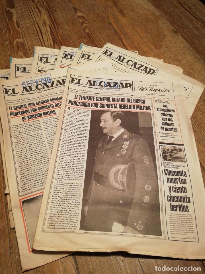 LOTE DE OCHO (8) PERIÓDICOS EL ALCÁZAR - AÑO 1981 (Coleccionismo - Revistas y Periódicos Modernos (a partir de 1.940) - Otros)