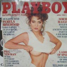 Coleccionismo de Revistas y Periódicos: REVISTA PLAYBOY INGLES. ABRIL 1983TIENE POSTER CHICAS DE ESPAÑA. PAUL NEUMA. Lote 113819955