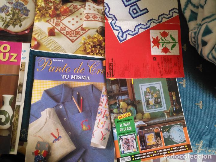 Coleccionismo de Revistas y Periódicos: GRAN LOTE DE REVISTAS PUNTO DE CRUZ ....PATRONES DISEÑOS DIBUJOS ..... VER FOTOS - Foto 21 - 138666646