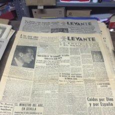 Coleccionismo de Revistas y Periódicos: PERIÓDICOS ANTIGUOS LEVANTE 1945. Lote 140920172