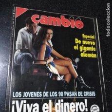 Coleccionismo de Revistas y Periódicos: REVISTA. CAMB16. 8 DE OCTUBRE 1990. Nº 985. DE NUEVO EL GIGANTE ALEMAN. LEER.. Lote 143941146
