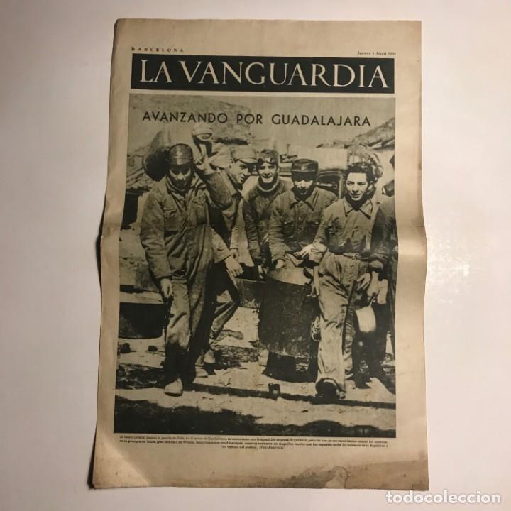 Coleccionismo de Revistas y Periódicos: La Vanguardia 1937. Guerra civil española. Guadalajara. Yela. Belchite. Lecera. - Foto 2 - 147543406