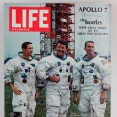 Coleccionismo de Revistas y Periódicos: REVISTA LIFE, COHETE APOLLO 7, 1968, OCTUBRE. EN INGLÉS. 33,5X26,5CM. Lote 151363162