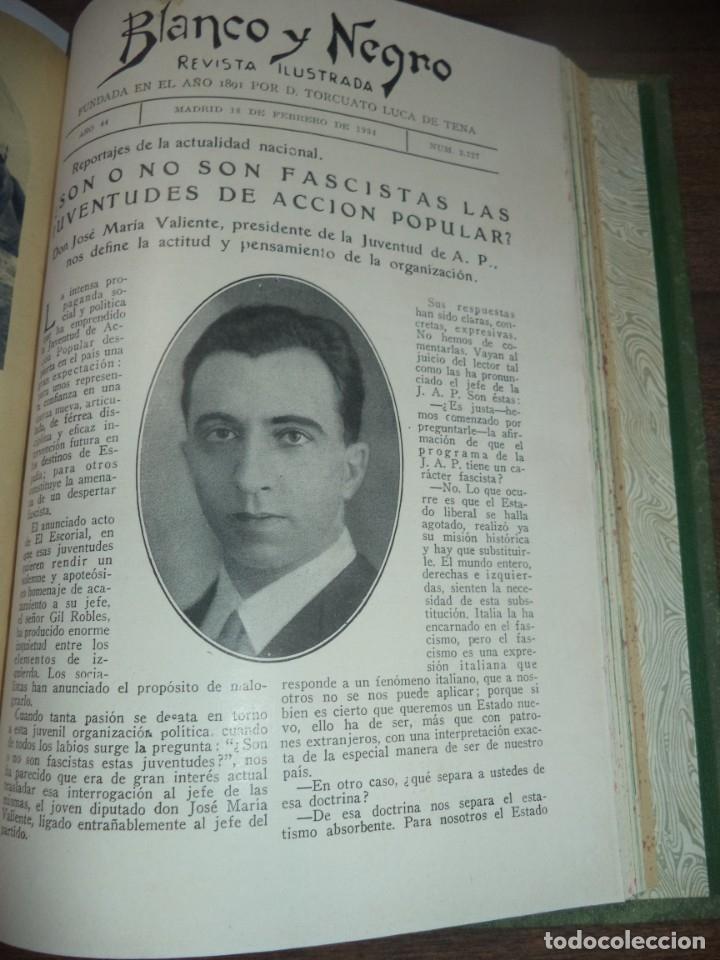 Coleccionismo de Revistas y Periódicos: REVISTA BLANCO Y NEGRO. 5 REVISTAS ENCUADERNADAS. AÑO 44. 1934. LEER. - Foto 6 - 153313078