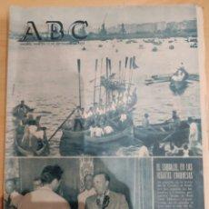 Coleccionismo de Revistas y Periódicos: ABC 13 DE SEPTIEMBRE DE 1955 EL CAUDILLO REGATAS CORUÑESAS. Lote 158478133