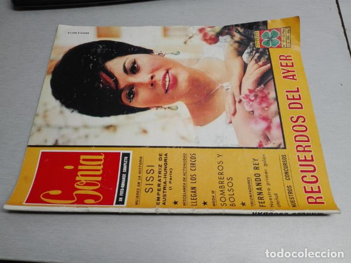 Coleccionismo de Revistas y Periódicos: FOTONOVELAS: LOTE CON 10 REVISTAS: CARIÑO, SONIA, DESIREE, MABEL, LOLITA, FASCINACIÓN... - Foto 4 - 49698638