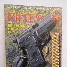 Coleccionismo de Revistas y Periódicos: AMERICAN RIFLEMAN REVISTA VOLUMEN 141 Nº 8 AGOSTO 1993. Lote 166462850