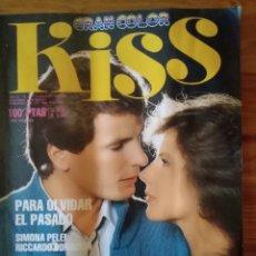Coleccionismo de Revistas y Periódicos: FOTONOVELA KISS GRAN COLOR . PARA OLVIDAR EL PASADO. Lote 167055092