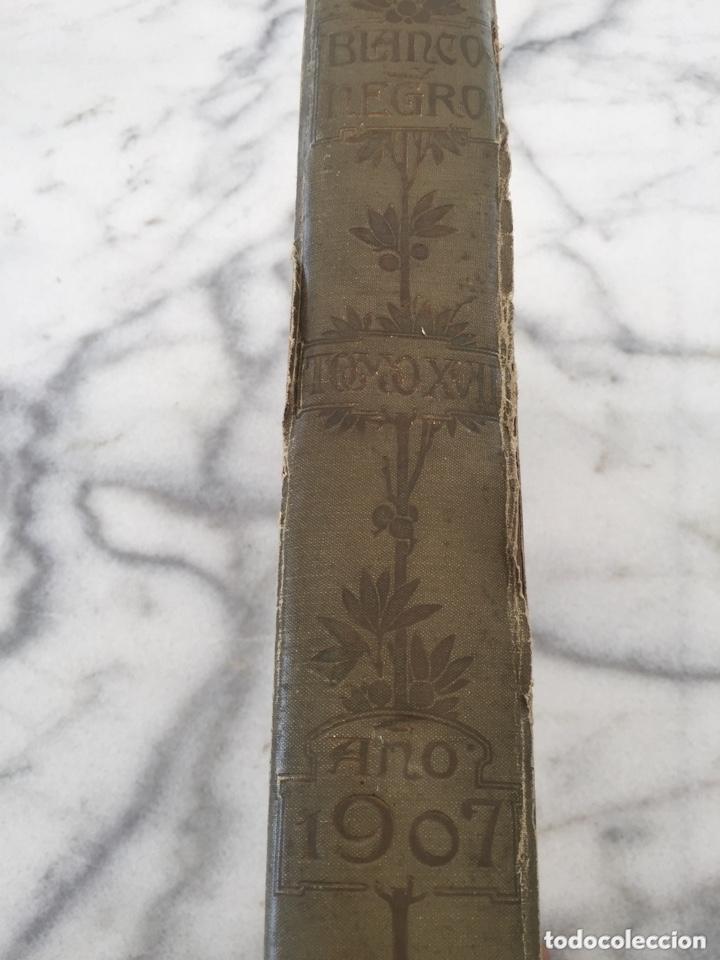 Coleccionismo de Revistas y Periódicos: Tomo con Revistas BLANCO Y NEGRO Año 1907 - Foto 2 - 173852422