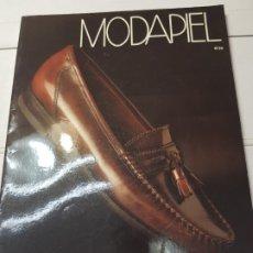 Coleccionismo de Revistas y Periódicos: CATALOGO ANTIGUO DE ZAPATOS MODAPIEL N°36 COLECCIÓN MICHEL. Lote 173855592