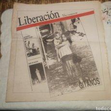 Coleccionismo de Revistas y Periódicos: PERIÓDICO LIBERACIÓN N 13 GITANOS COMPRETO. Lote 176478752