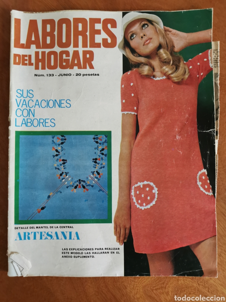 Coleccionismo de Revistas y Periódicos: LABORES DEL HOGAR LOTE 34 REVISTAS Y PATRONES DE DIFERENTES ÉPOCAS - Foto 11 - 178782031