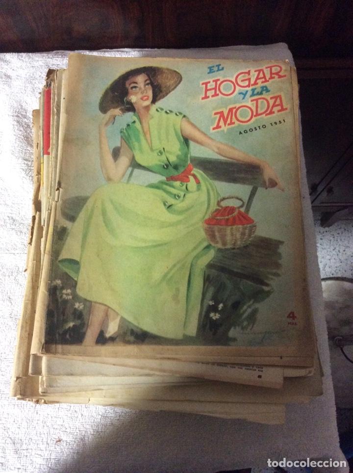 LOTE 35 REVISTAS EL HOGAR Y LA MODA AÑOS 50 (Coleccionismo - Revistas y Periódicos Modernos (a partir de 1.940) - Otros)