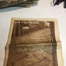 Coleccionismo de Revistas y Periódicos: PERIÓDICO LAS PROVINCIAS RIADA EN VALENCIA. Lote 183998136