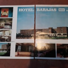 Coleccionismo de Revistas y Periódicos: PUBLICIDAD DEL HOTEL BARAJAS AÑO 1971 55 X 33 CM . DOS PAGINAS UNIDAS. Lote 184115270