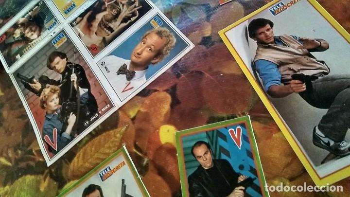 Coleccionismo de Revistas y Periódicos: LOTE PEGATINAS SERIE TELEVISIÓN V, LOS VISITANTES, REVISTA TELE INDISCRETA 1985 1991 - Foto 2 - 194353796