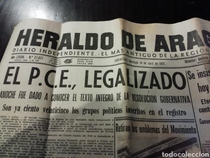 Coleccionismo de Revistas y Periódicos: Periódico heraldo de aragon 10 abril 1977 partido comunista legalizado - Foto 2 - 194537256