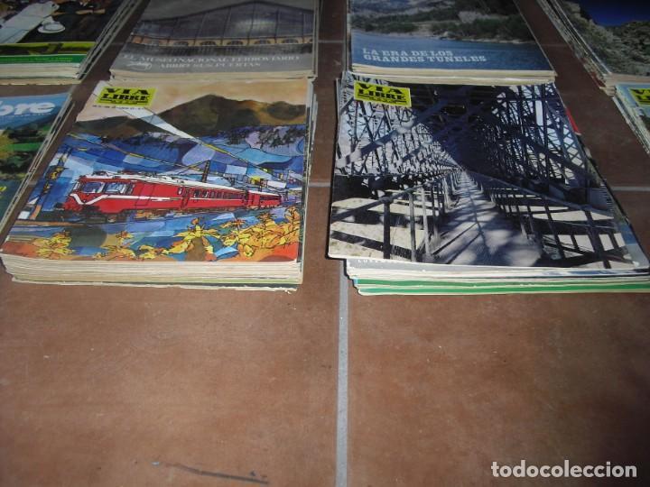 Coleccionismo de Revistas y Periódicos: GRAN LOTE 144 NÚMEROS REVISTA VIA LIBRE RENFE FERROVIARIOS - Foto 2 - 205306130
