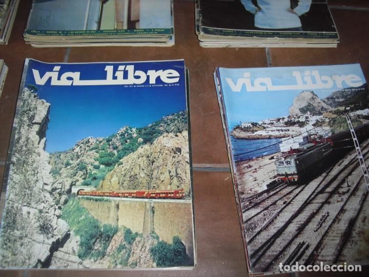 Coleccionismo de Revistas y Periódicos: GRAN LOTE 144 NÚMEROS REVISTA VIA LIBRE RENFE FERROVIARIOS - Foto 7 - 205306130