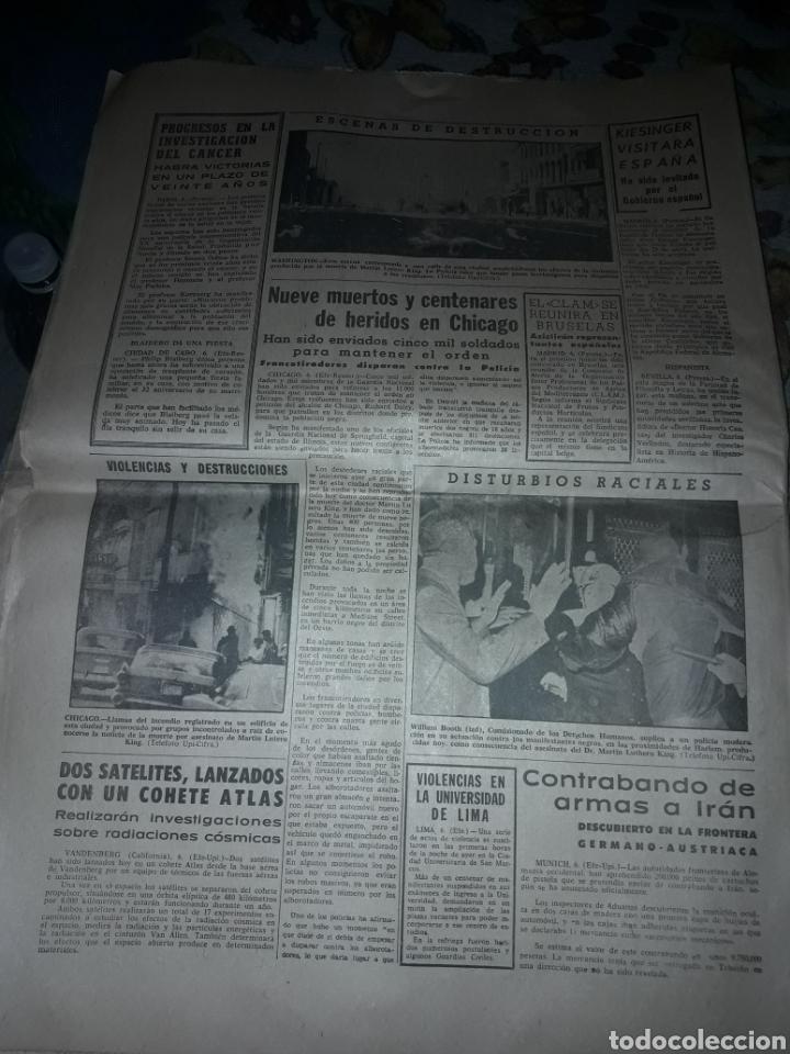 Coleccionismo de Revistas y Periódicos: Diario Sur del Domingo 7 de Abril de 1968 completo y con suplemento de Semana Santa. - Foto 4 - 206582235