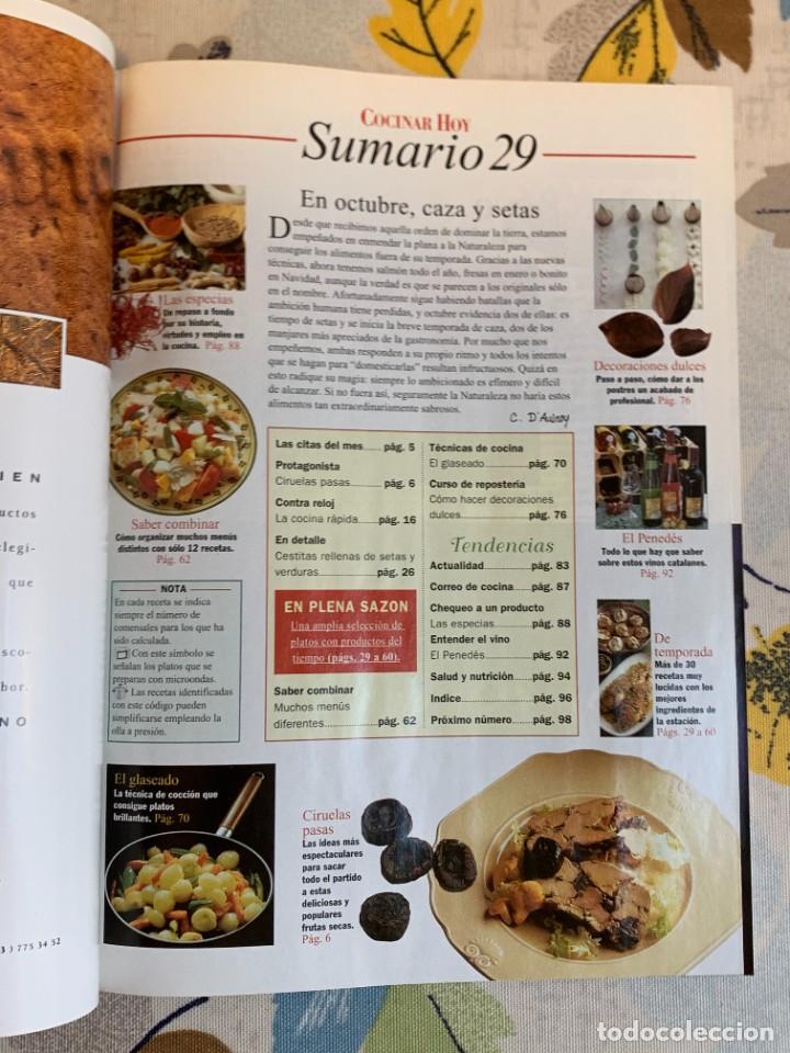 Coleccionismo de Revistas y Periódicos: Revista Cocinar Hoy, Octubre de 1994. Gran selección de platos fuertes. Nueva. - Foto 2 - 207117220