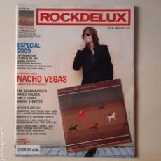 Coleccionismo de Revistas y Periódicos: ROCKDELUX 236. ENERO 2006. ESPECIAL 2005. NACHO VEGAS + CD MOMENTOS VOL.1 CANCIONES INTERNACIONALES. Lote 212868192