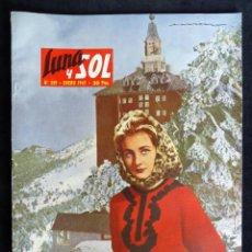 Coleccionismo de Revistas y Periódicos: REVISTA LUNA Y SOL, Nº 249, ENERO 1965. JUBILEO COMPOSTELANO. ZURBARAN. MODA. Lote 220442623