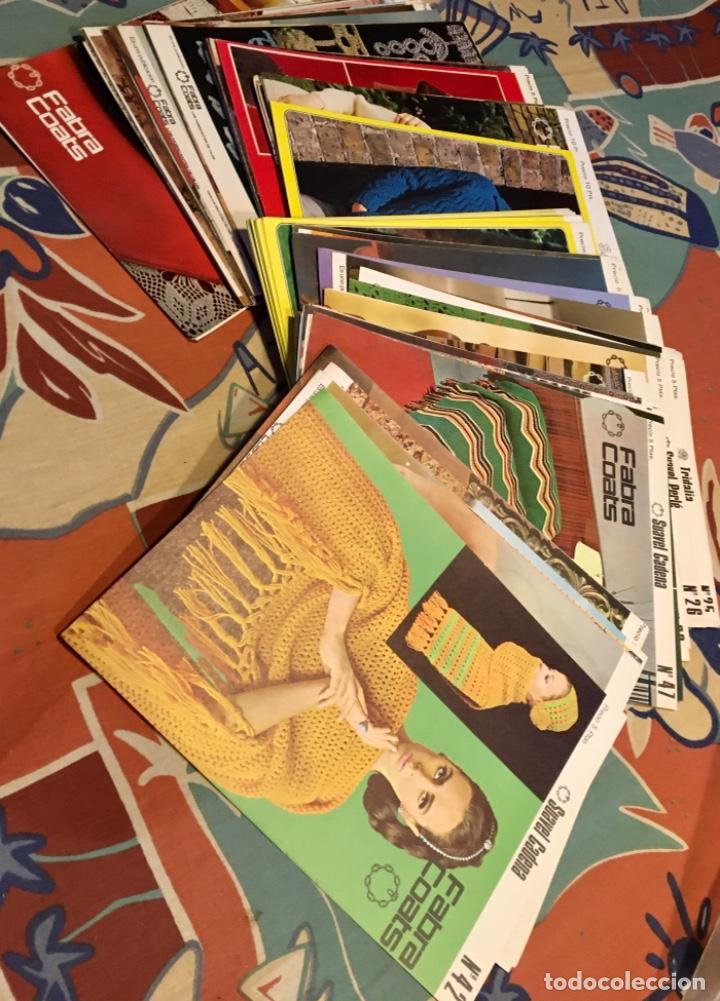 Coleccionismo de Revistas y Periódicos: EXTRAORDINARIO LOTE REVISTAS DE LABORES DEL HOGAR + FICHAS FABRA COATS + PATRONES - Foto 27 - 222157615
