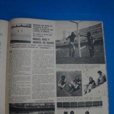 Coleccionismo de Revistas y Periódicos: RECORTE CLIPPING DE MIGUEL RIOS ANDRES DO BARRO REVISTA SEMANA Nº 1695 PAG. 59 L6. Lote 224303942