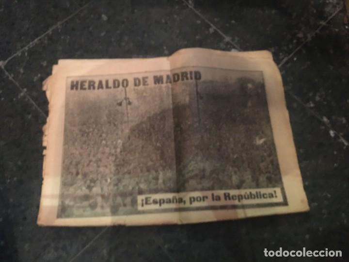 Coleccionismo de Revistas y Periódicos: REPUBLICA - HERALDO DE MADRID 21 OCTUBRE 1935 MAS DE 400.000 PERSONAS EXPRESAN SU VOLUNTAD REPUBLICA - Foto 2 - 236612680