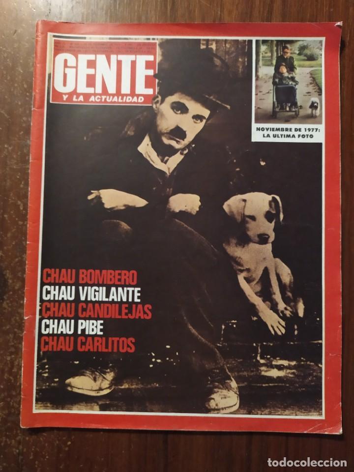 REVISTA GENTE LA MUERTE DE CHARLES CHAPLIN (Coleccionismo - Revistas y Periódicos Modernos (a partir de 1.940) - Otros)