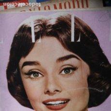 Coleccionismo de Revistas y Periódicos: REVISTA FRANCESA ELLE AUDREY HEPBURN 1956. Lote 246099595
