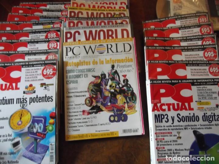 LOTE CON 20 TOMOS PC WORLD Y PC ACTUAL (Coleccionismo - Revistas y Periódicos Modernos (a partir de 1.940) - Otros)