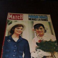 """Coleccionismo de Revistas y Periódicos: PARIS MATCH - Nº 680 - 1962 - """"FARAH CHEZ - JACKIE"""". Lote 267064164"""