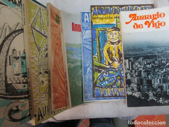 Coleccionismo de Revistas y Periódicos: 33 NUMEROS CORRELATIVOS ANUARIO DE VIGO 1939 Nº 1 A 1974 INC, 26 ENCUADERNADOS + INFO - Foto 3 - 268975884