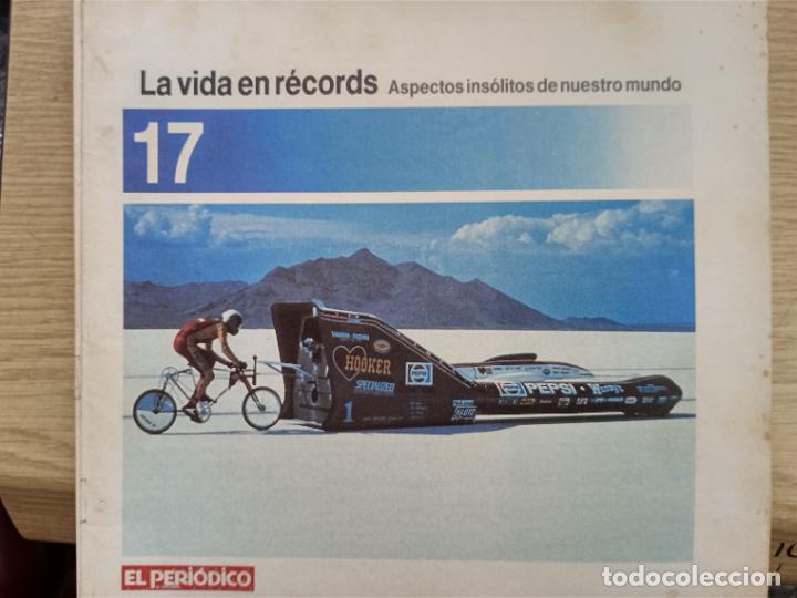 LA VIDA EN RECORDS - N 17 - AÑOS 80 - SUPLEMENTO (Coleccionismo - Revistas y Periódicos Modernos (a partir de 1.940) - Otros)