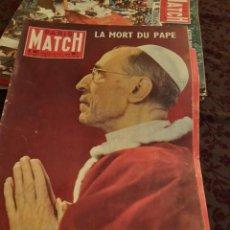 Coleccionismo de Revistas y Periódicos: PARIS MATCH :: PIE XII + CHARLES HUMEZ + ELVIS PRESLEY SOLDAT. Lote 288564348