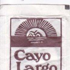 Sobres de azúcar de colección: SOBRE DE AZÚCAR DE CAYO LARGO CAFE DE BADALONA (BARCELONA) PROMERCA, 8 GR., AÑOS 90. Lote 30837499