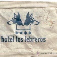 Sobres de azúcar de colección: SOBRE DE AZÚCAR DEL HOTEL LOS LEBREROS DE SEVILLA, ESTUCHADOS ANTOÑIN, 10 GR. AÑOS 80. Lote 36847437