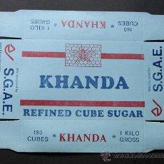 Sobres de azúcar de colección: ANTIGUO ENVASE DE CUBOS DE AZUCAR / KHANDA / SOCIEDAD GRAL.AZUCARERA DE ESPAÑA AÑOS 60. Lote 39281047