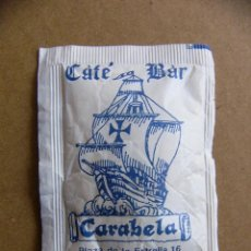 Sobres de azúcar de colección: SOBRE DE AZUCAR CAFE BAR CARABELA PONTEVEDRA - LLENO. Lote 85182204